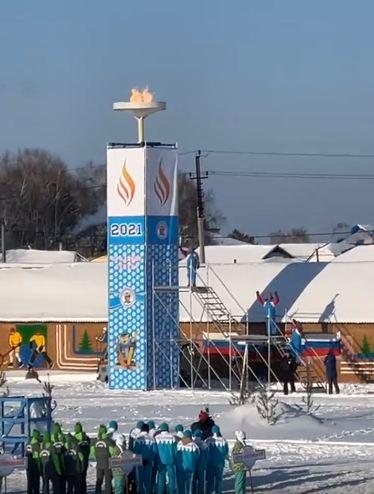 Бурков поблагодарил замерзающих жителей Омской области за тепло #Омск #Общество #Сегодня