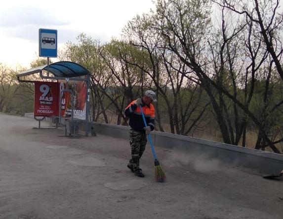 В Омске катастрофически не хватает дворников, но платить им не хотят #Новости #Общество #Омск