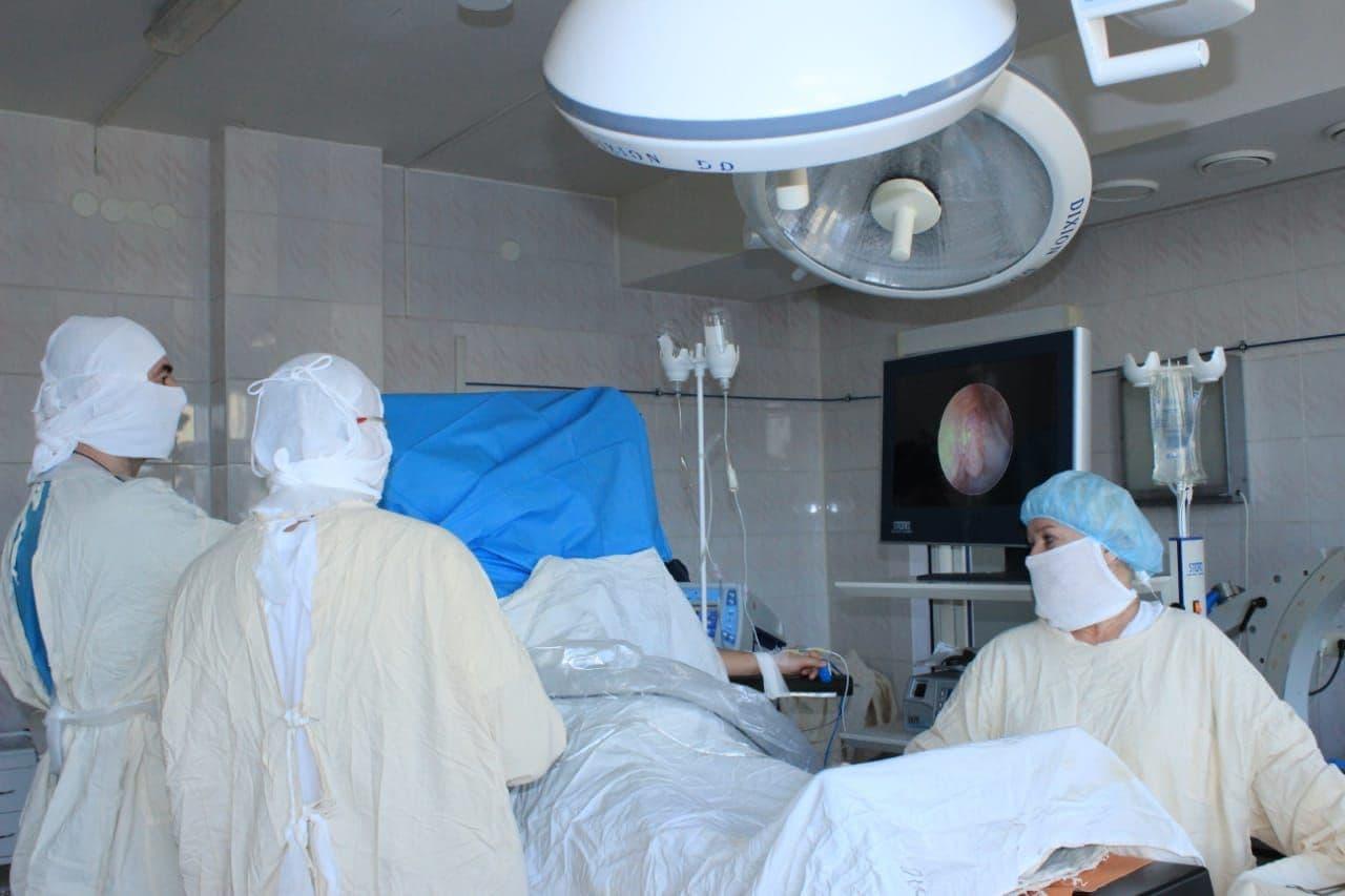 Омские травматологи спустя 17 лет боли вылечили пациента #Новости #Общество #Омск