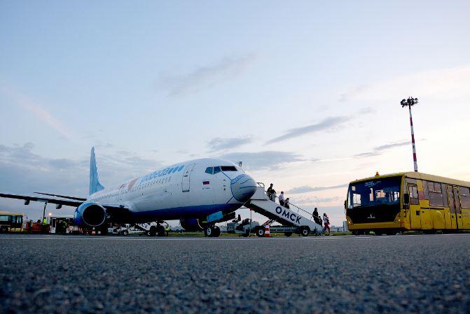 Омский аэропорт покупает новый трап для самолетов за 7 миллионов #Омск #Общество #Сегодня