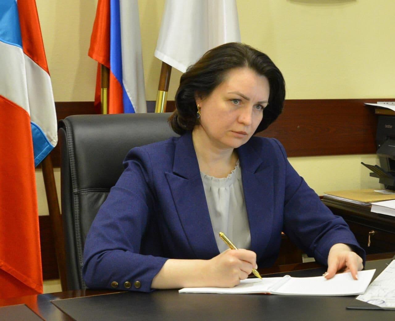 Мэр Омска призналась, что любит голубцы и стерлядку «сыроежку» #Новости #Общество #Омск
