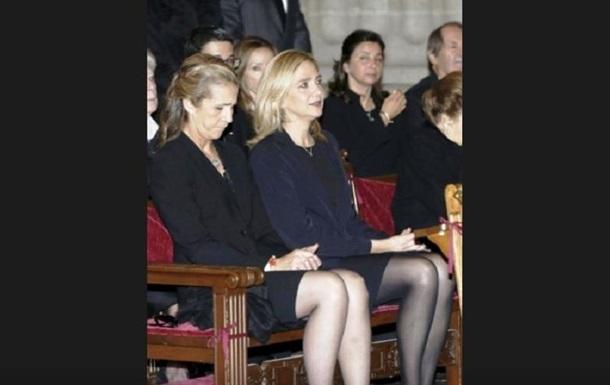 """""""Дискредитация монархии"""": в Испании скандал из-за вакцинации сестер короля"""