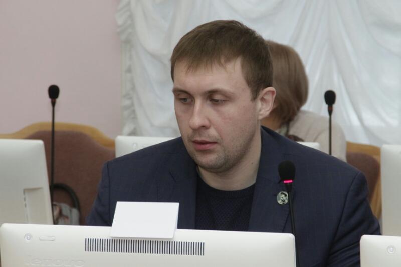Омские депутаты высказались о лишении мандата Федотова #Омск #Общество #Сегодня