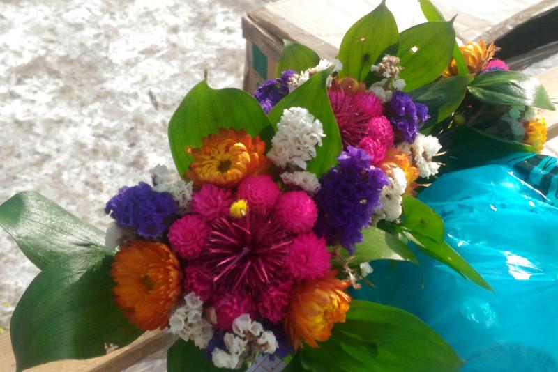 Омич хотел купить цветы к 8 Марта, но остался ни с чем #Омск #Общество #Сегодня