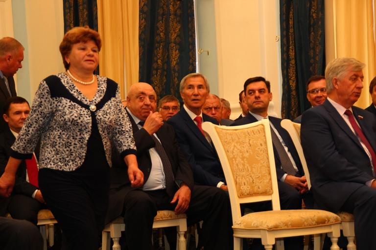 Женщины в омской политике: легко ли быть первой в мужских «больших играх»? #Омск #Общество #Сегодня