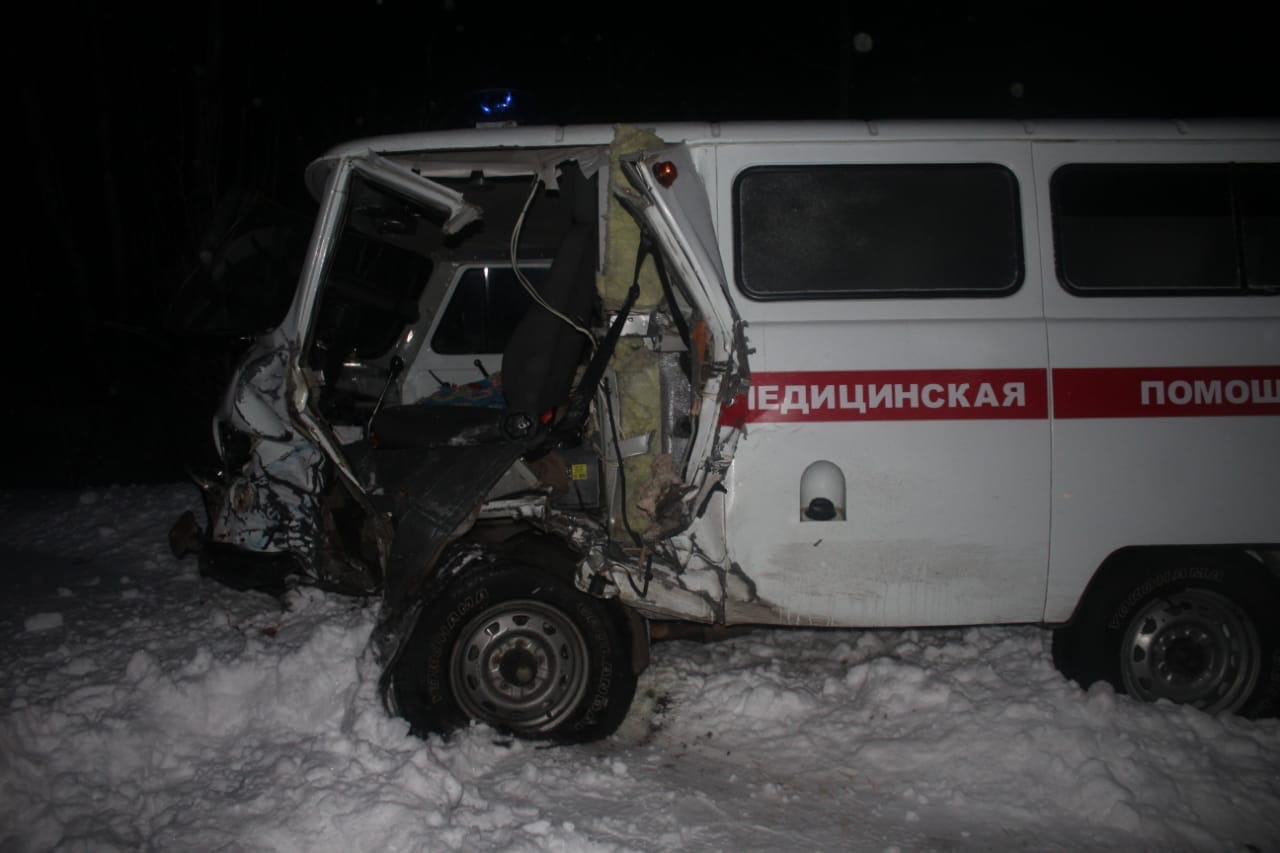 В Омской области «девятка» протаранила «скорую» #Омск #Общество #Сегодня