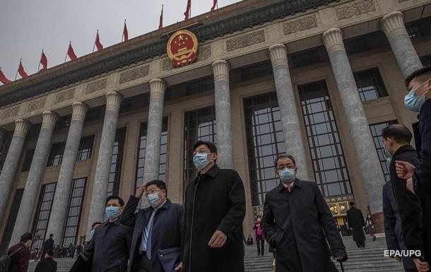 Китай безвозмездно поставляет вакцины в 69 стран – МИД