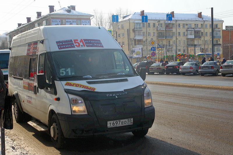 На 51-й маршрут в Омске вышел новый перевозчик #Омск #Общество #Сегодня