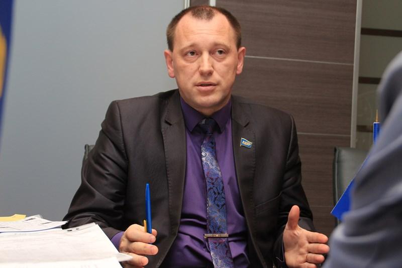 Эксперты назвали причины катастрофического сокращения партий в Омске #Омск #Общество #Сегодня