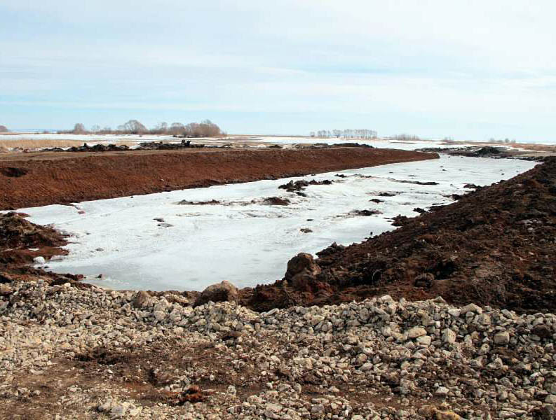 Чтобы не затопило: в Омской области срочно расчищают Мангутский канал #Новости #Общество #Омск