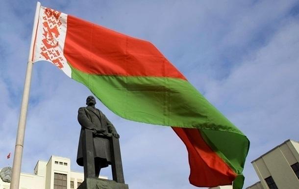 Беларусь вышлет еще двух польских дипломатов