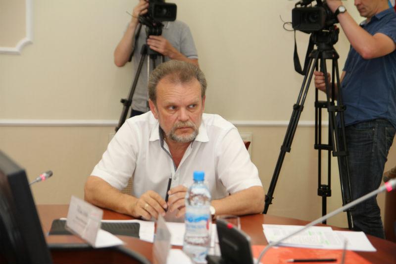 Директор омского ПАТП стал зарабатывать почти 200 тысяч в месяц #Омск #Общество #Сегодня