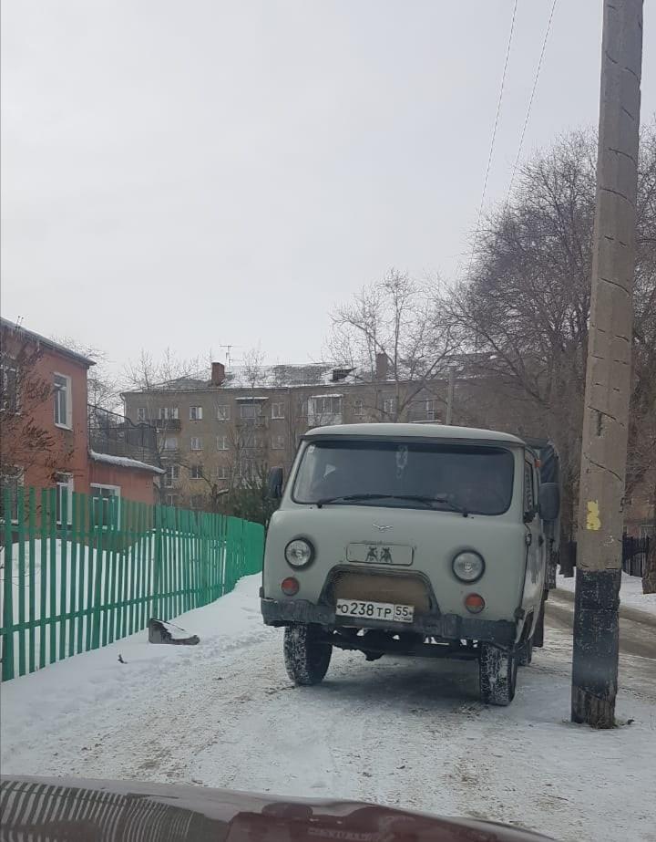 «Живодерский беспредел»: в Омске на глазах у детей убили собаку #Омск #Общество #Сегодня