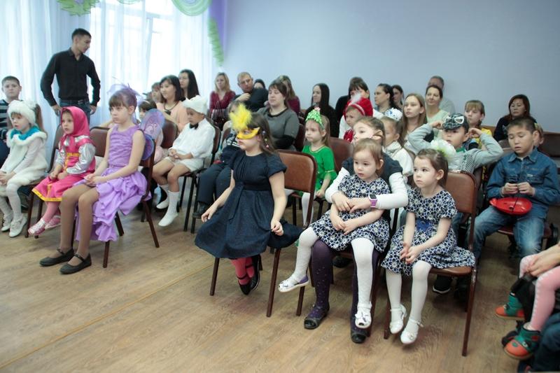 В Омской области каждый четвертый ребенок растет в многодетной семье #Новости #Общество #Омск