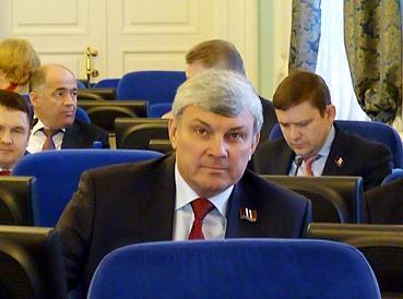 Омских депутатов возмутило хамство «главного пиндоса США» Байдена #Омск #Общество #Сегодня