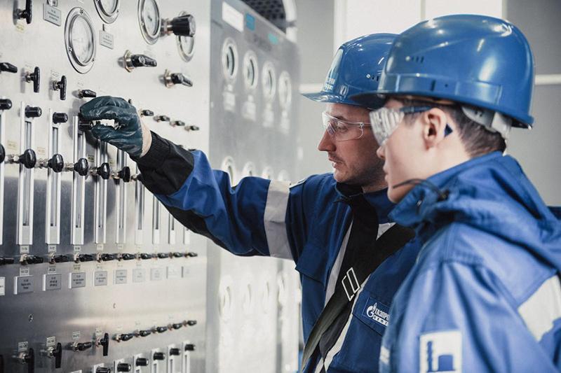 Металл для строительства нового завода «Газпром нефти» будет поставлять омская компания