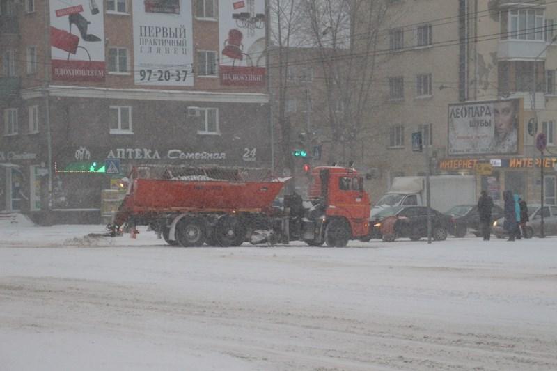 В Омске удвоили количество талонов для вывоза снега #Омск #Общество #Сегодня