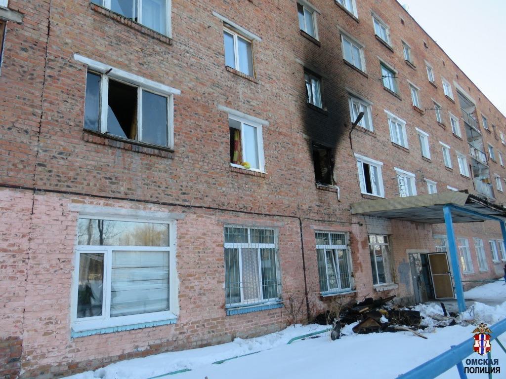 Омич поджег свою квартиру и выпрыгнул в окно #Новости #Общество #Омск