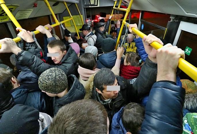 Омичи расслабились и больше не хотят носить маски #Новости #Общество #Омск