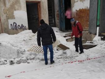 В Омске из памятника архитектуры украли батареи #Новости #Общество #Омск
