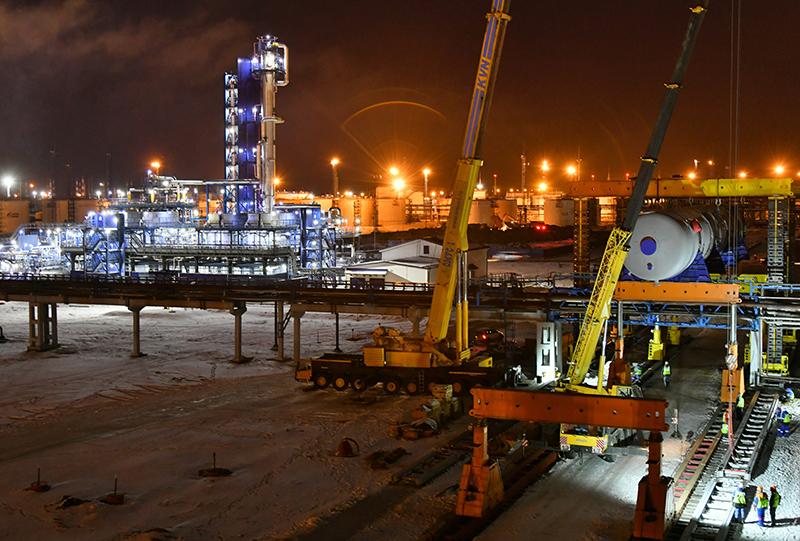 Новое оборудование для омского завода везли через Северный морской путь