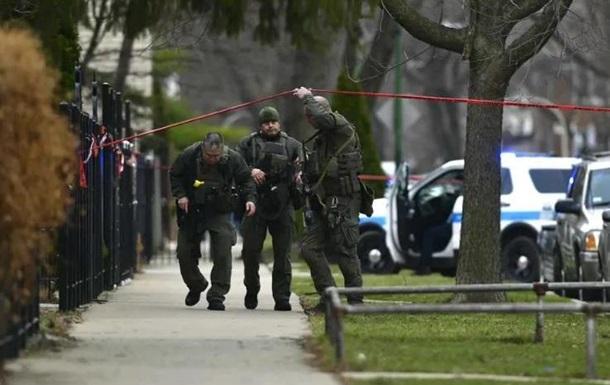На улице в Чикаго произошла перестрелка, есть убитый и раненые