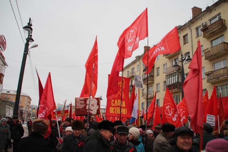 Омские коммунисты определились с «паровозом» в Заксобрание #Омск #Общество #Сегодня