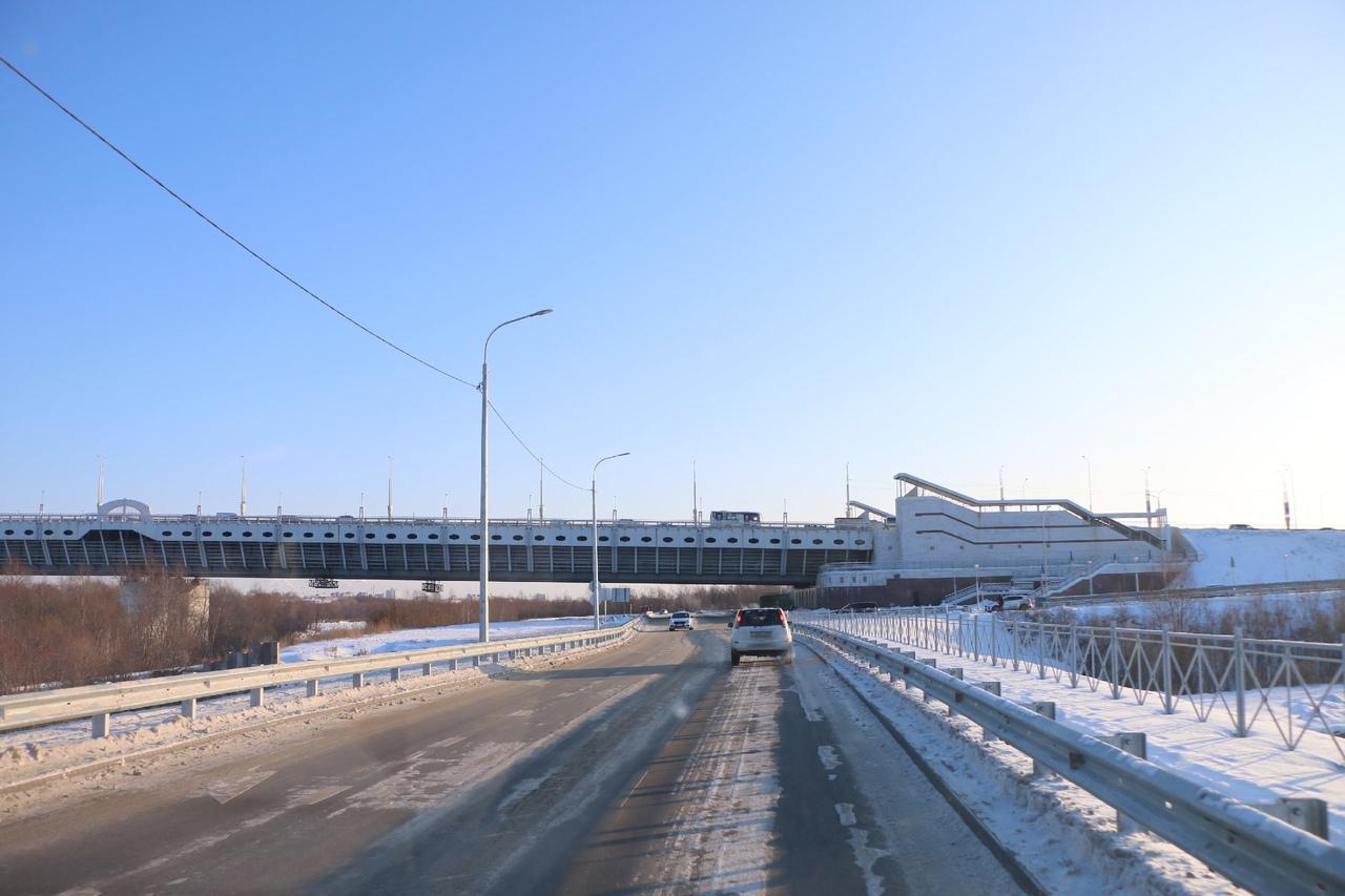 В омской мэрии ответили на упреки в том, что «дорога за миллиард» слишком узкая #Омск #Общество #Сегодня