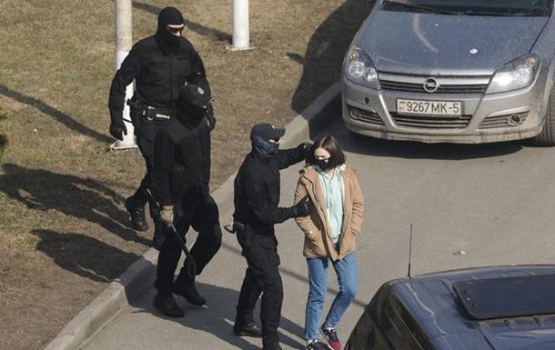 На первых в этом году протестах в Беларуси задержаны сотни человек