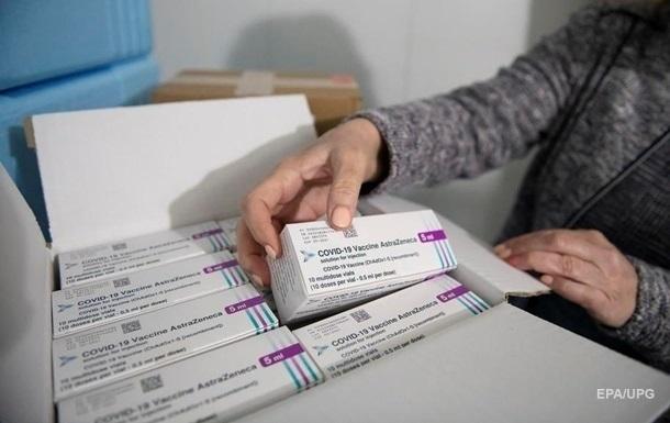 Германия не будет вакцинировать препаратом AstraZeneca людей моложе 60