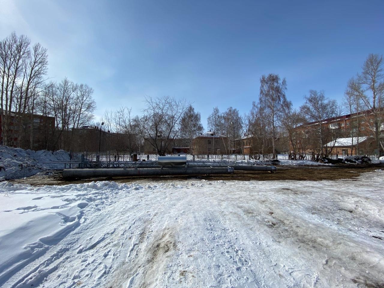 Омичи вышли на пикет против строительства сотовой вышки #Омск #Общество #Сегодня
