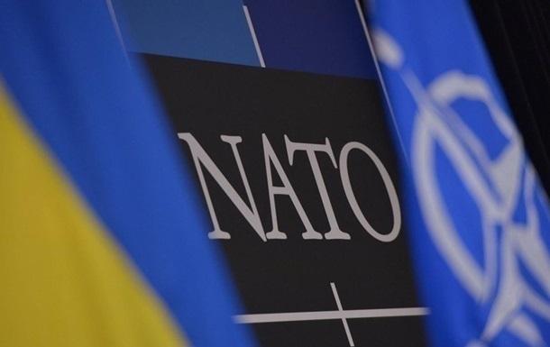 НАТО обеспокоено ситуацией у границ Украины - СМИ
