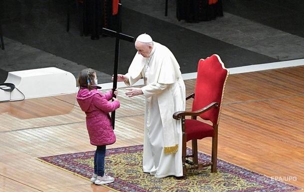 В Ватикане прошла церемония Крестный путь