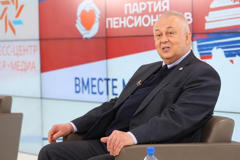 Владимир ВОРОЖЦОВ: «Само понятие «пенсионный возраст» в России надо отменить» #Новости #Общество #Омск
