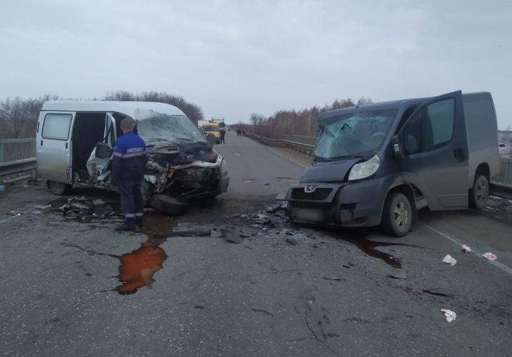 На трассе под Омском произошло второе серьезное ДТП за день #Омск #Общество #Сегодня