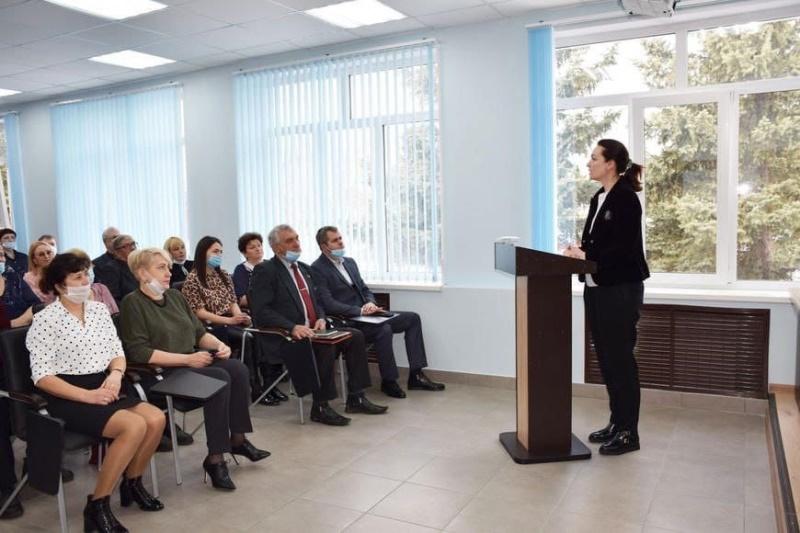 Фадина уехала на малую родину – в Большеречье #Новости #Общество #Омск
