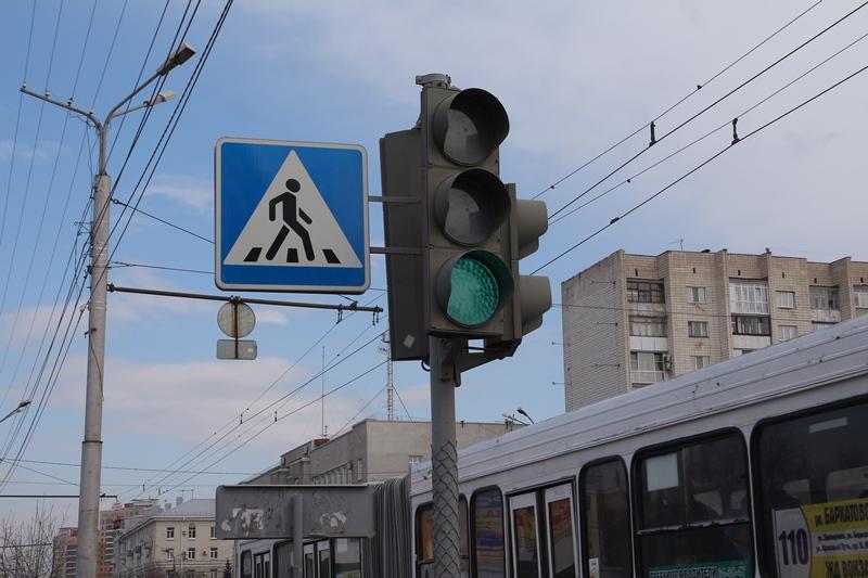 В Омске осталось всего 9 ламповых светофоров #Новости #Общество #Омск