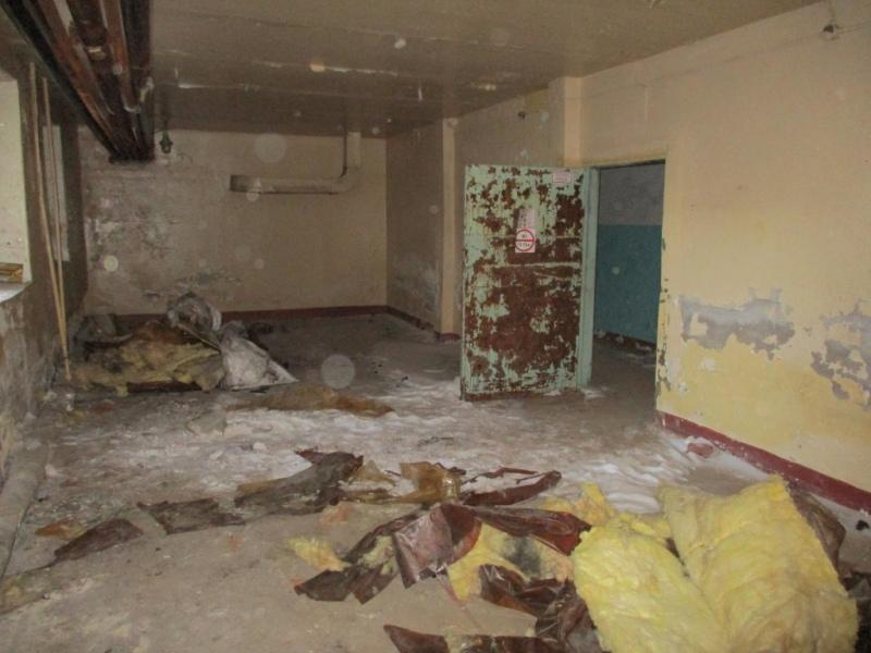 Омич украл у компании-банкрота 10 металлических дверей и продал их за копейки #Новости #Общество #Омск