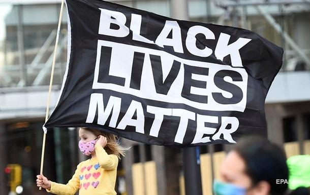 Мэр Миннеаполиса из-за протестов объявил режим ЧП