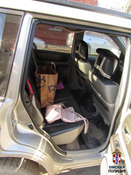 Автовор выключал сигнализации и обчищал машины омичей #Омск #Общество #Сегодня