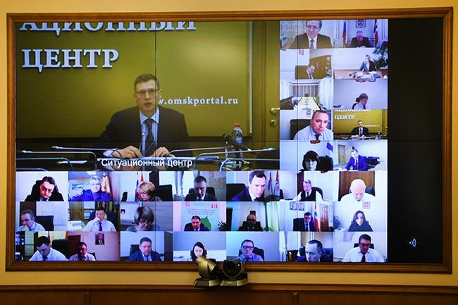 Бурков вернулся в Омск из Москвы, где должен был встретиться с Путиным #Омск #Общество #Сегодня