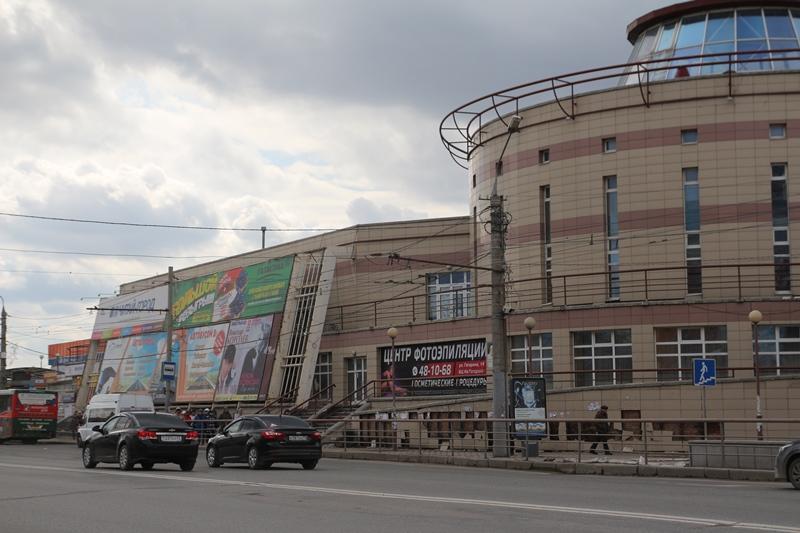 «Летур» в центре Омска решили продать на аукционе