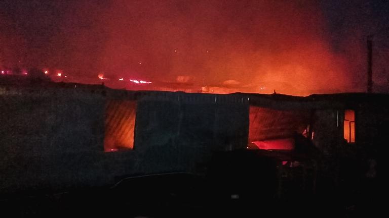 В Омской области сгорел большой двухквартирный дом #Новости #Общество #Омск