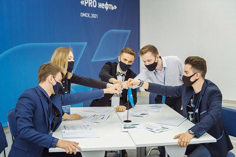 Эксперты Омского НПЗ разработали кейсы для подготовки будущих специалистов