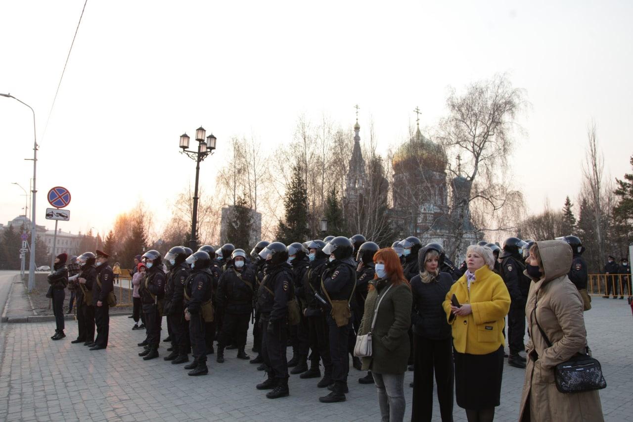 Во вчерашнем незаконном шествии приняли участие менее 1000 омичей #Новости #Общество #Омск