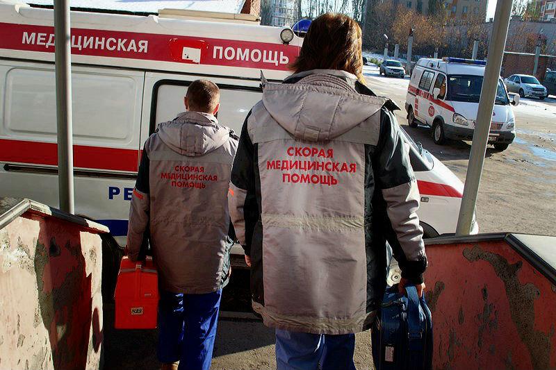 Омич очнулся в скорой и начал все крушить #Новости #Общество #Омск