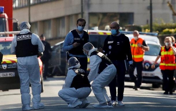 Убийство полицейской во Франции: задержаны три человека