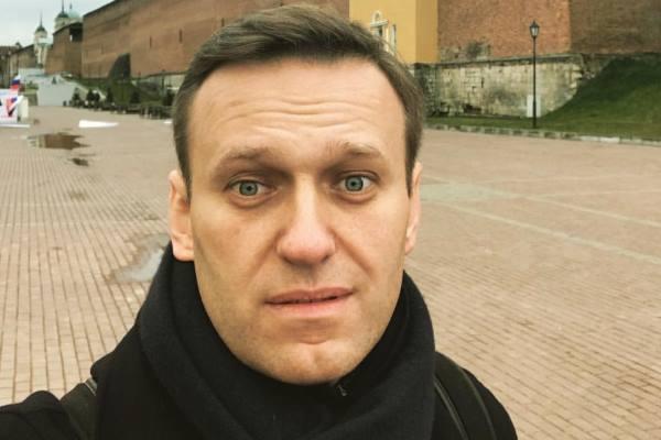 Омский судья приостановил работу штабов Навального по всей стране #Омск #Общество #Сегодня