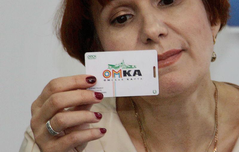 Почти 90 % омичей платят за проезд картами #Омск #Общество #Сегодня