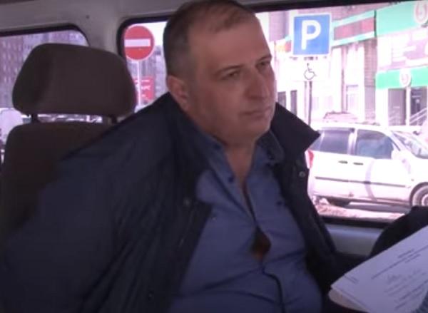 Начальника омского УМВД не стали увольнять из органов за взятку #Омск #Общество #Сегодня